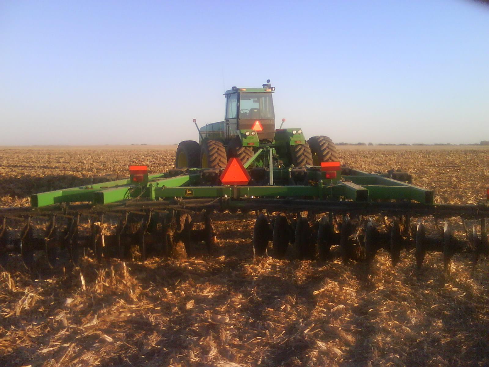 New John Deere disc plow